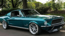 1968 Ford Mustang Fastback Pacific Green.jpg